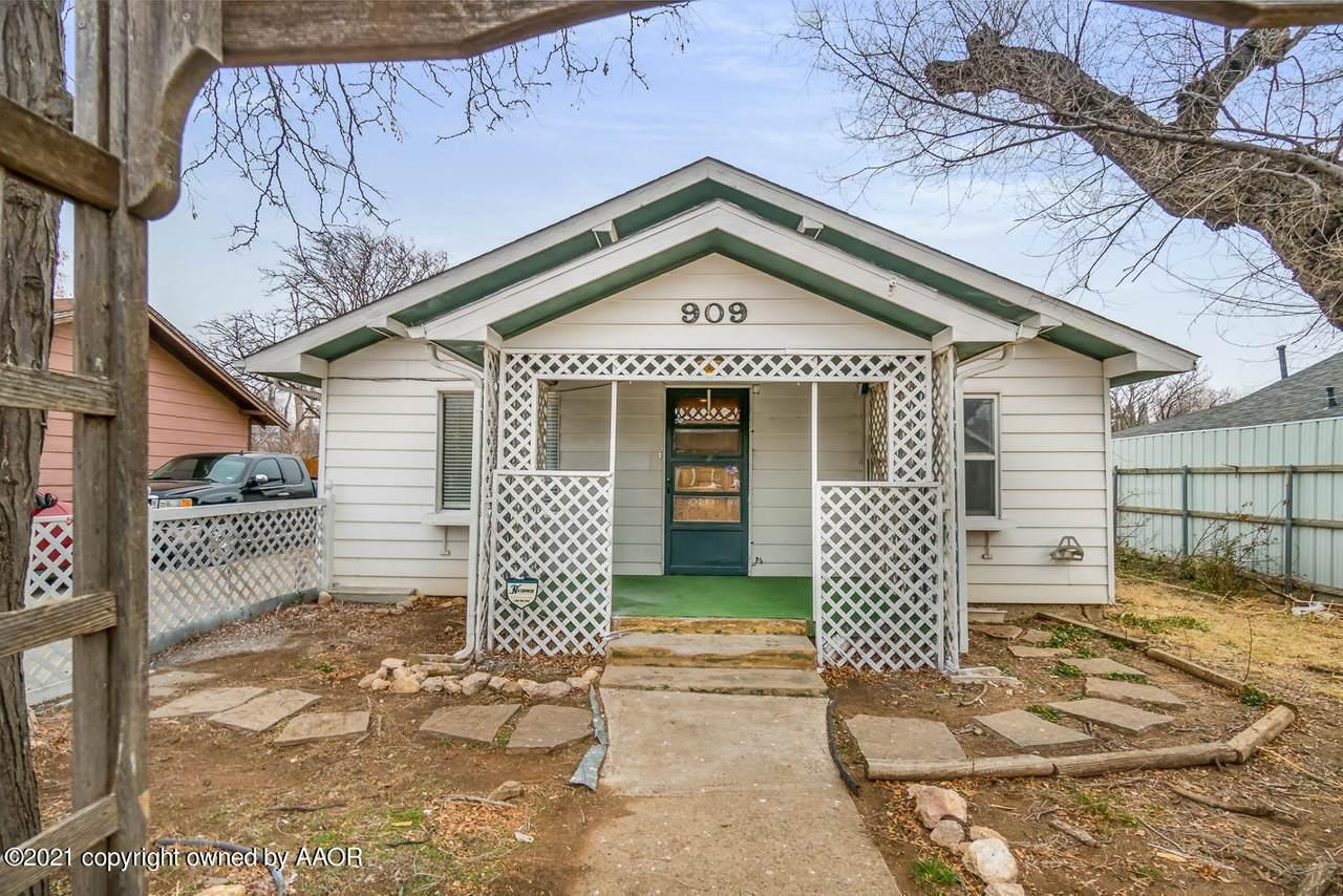 909 Louisiana St - Photo 1