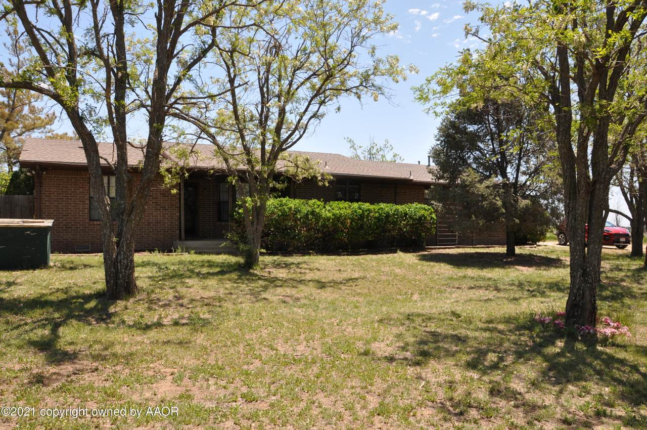 8320 County Line Rd - Photo 1