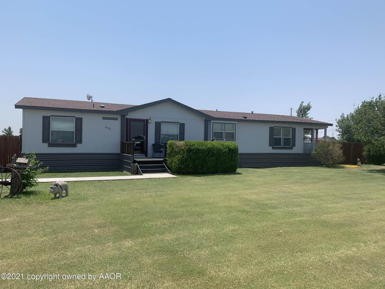 15725 Bell St - Photo 1