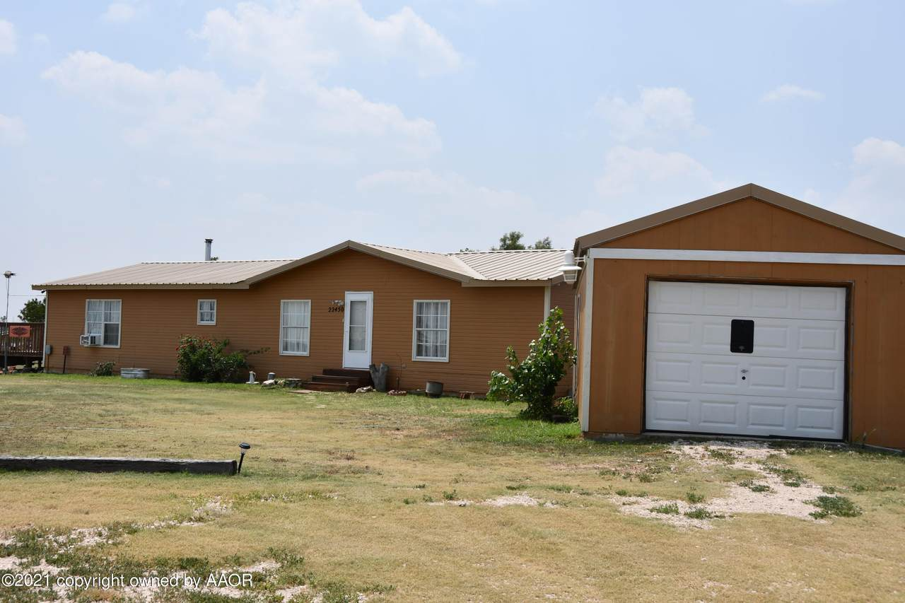 22450 Rodeo Rd - Photo 1