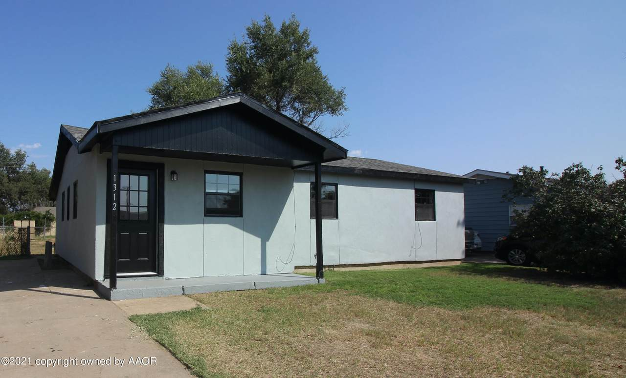 1312 Aster St - Photo 1
