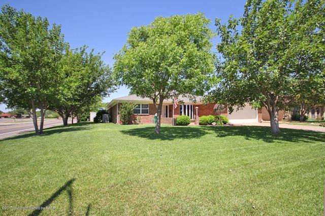 3930 Barclay Dr, Amarillo, TX 79109 (#17-107087) :: Keller Williams Realty