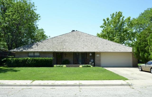 3904 Huntington Dr, Amarillo, TX 79109 (#17-107107) :: Keller Williams Realty