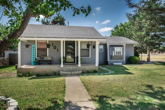 101 Cottonwood St, Borger, TX 79007 (#17-107234) :: Edge Realty