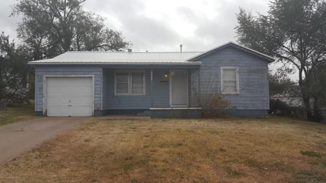 1806 Oak Dr, Amarillo, TX 79106 (#17-110802) :: Edge Realty