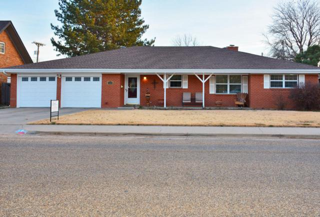 1007 Maple St, Dimmitt, TX 79027 (#18-111572) :: Big Texas Real Estate Group