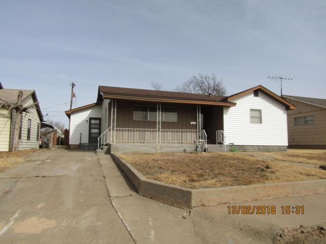 1302 Davis St, Borger, TX 79007 (#18-112500) :: Elite Real Estate Group