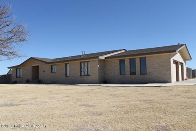 630 Young N, Follett, TX 79034 (#18-113162) :: Edge Realty
