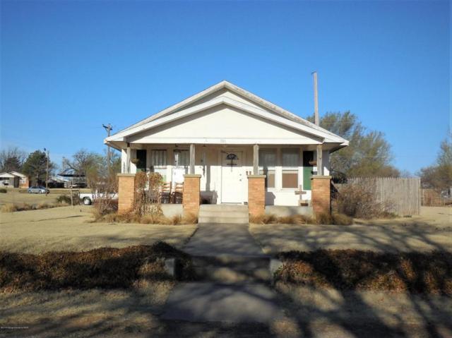 701 Houston Street N, Shamrock, TX 79079 (#18-113348) :: Edge Realty