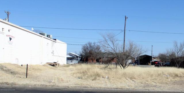 416 Weatherly St, Borger, TX 79007 (#18-113781) :: Gillispie Land Group