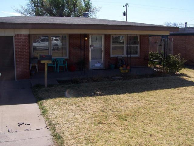 137 Abilene St, Borger, TX 79007 (#18-113939) :: Gillispie Land Group
