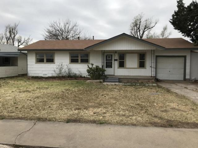 1410 Harvard S, Perryton, TX 79070 (#18-114130) :: Elite Real Estate Group