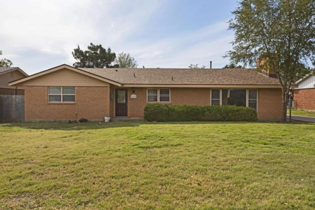 2410 9th Ave, Canyon, TX 79015 (#18-114296) :: Elite Real Estate Group