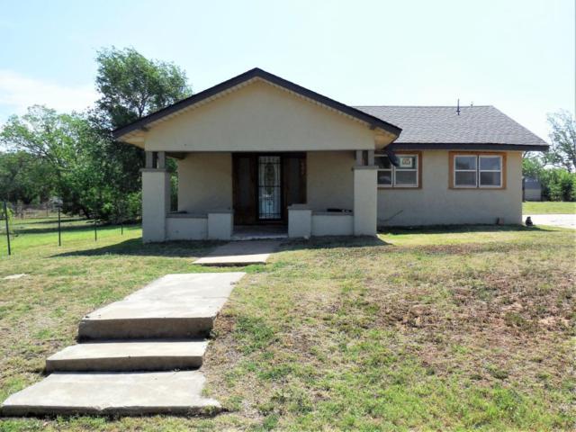 804 Choctaw Street N, Shamrock, TX 79079 (#18-115215) :: Edge Realty