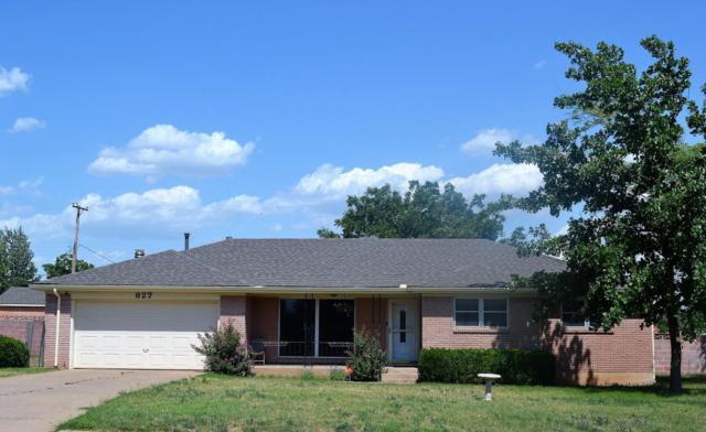 827 Williams Ave, Stinnett, TX 79083 (#18-115568) :: Elite Real Estate Group