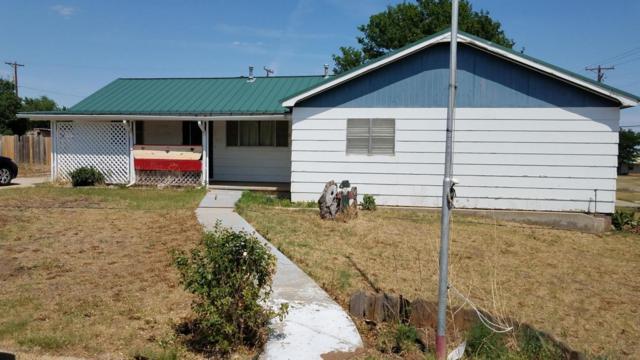 423 Williams Ave N, Stinnett, TX 79083 (#18-115663) :: Edge Realty