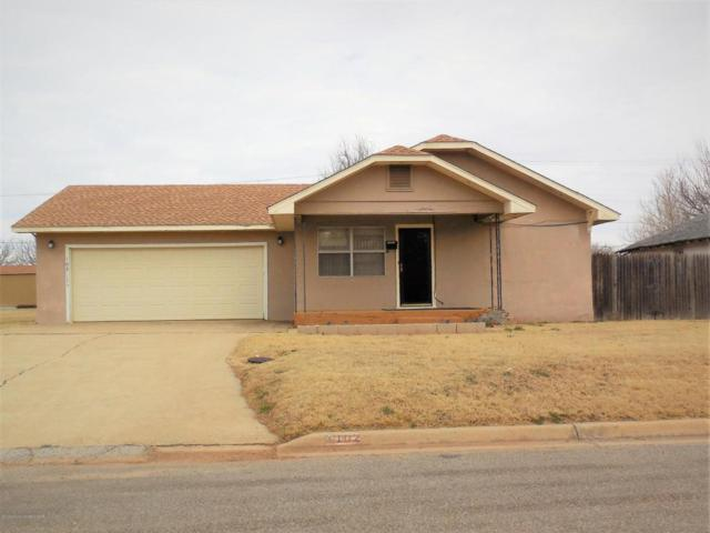 102 S Iowa St S, Shamrock, TX 79079 (#18-115940) :: Edge Realty