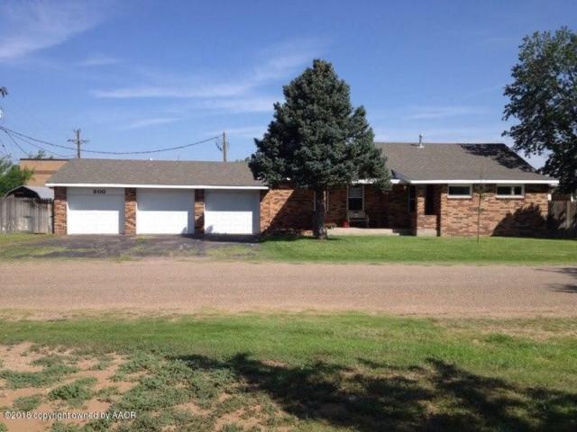 300 Michigan St W, Fritch, TX 79036 (#18-115996) :: Elite Real Estate Group