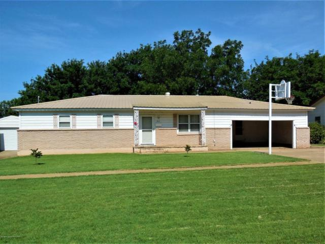 911 S Madden St, Shamrock, TX 79079 (#18-116014) :: Edge Realty