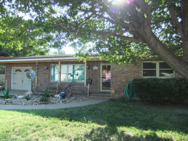 2218 N Russell St, Pampa, TX 79065 (#18-116258) :: Elite Real Estate Group