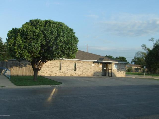1517 N Banks St, Pampa, TX 79065 (#18-116417) :: Gillispie Land Group