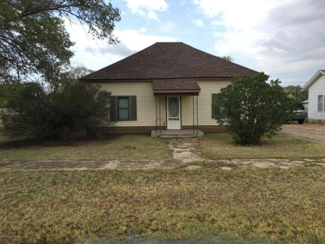 306 Vine St, Claude, TX 79019 (#18-116778) :: Big Texas Real Estate Group