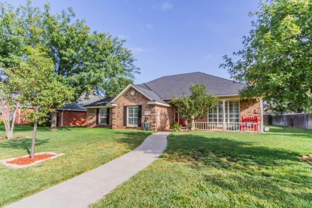 7106 Rochelle Ln, Amarillo, TX 79109 (#18-117678) :: Gillispie Land Group
