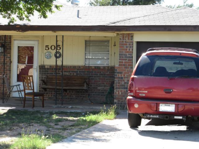 505 Pine Ave, Dumas, TX 79029 (#18-118211) :: Lyons Realty