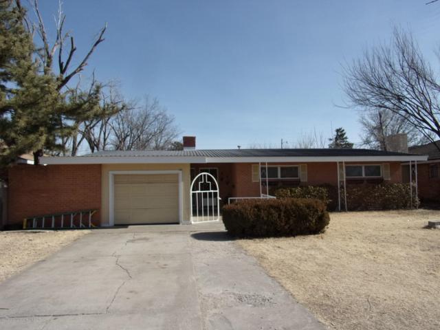 1417 Fordham, Perryton, TX 79070 (#18-118332) :: Edge Realty
