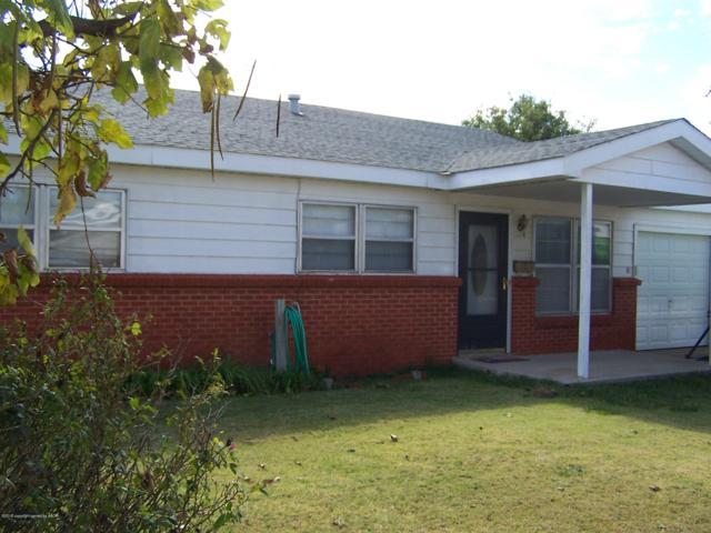 406 Galahad St, Borger, TX 79007 (#18-118543) :: Edge Realty