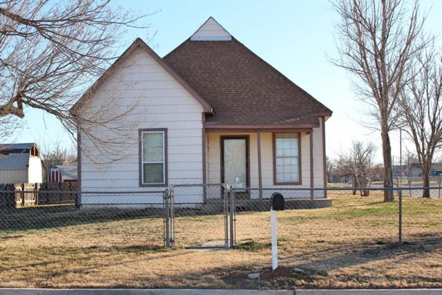 2611 3RD Ave NW, Amarillo, TX 79106 (#19-1325) :: Elite Real Estate Group