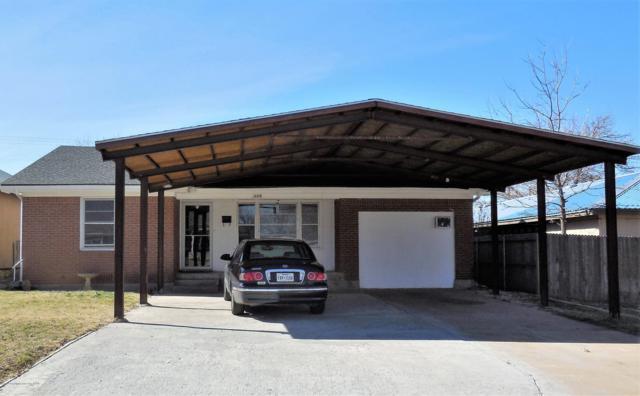 309 Houston St, Shamrock, TX 79079 (#19-1620) :: Elite Real Estate Group