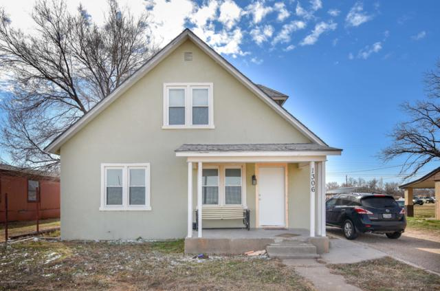 1306 1st St, Dalhart, TX 79022 (#19-1686) :: Elite Real Estate Group