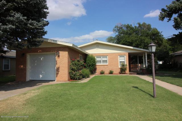 1303 Oak Ave, Dalhart, TX 79022 (#19-1942) :: Elite Real Estate Group