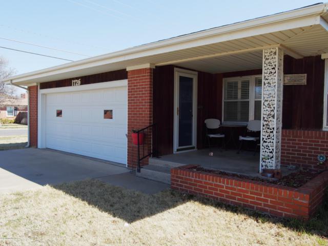 1726 Dogwood Ln, Pampa, TX 79065 (#19-2389) :: Elite Real Estate Group