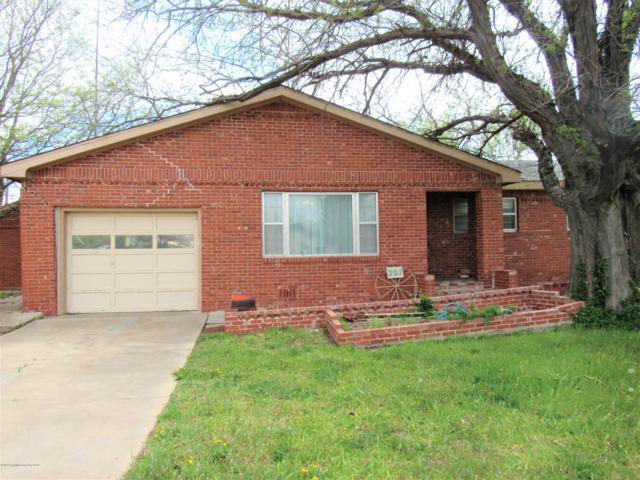 207 Richardson St, Gruver, TX 79040 (#19-3188) :: Lyons Realty