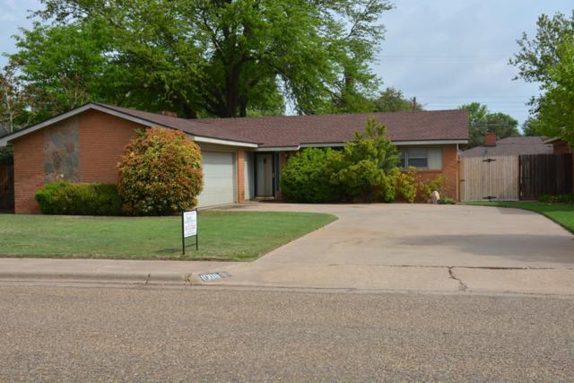 1008 Oak St, Dimmitt, TX 79027 (#19-3494) :: Lyons Realty