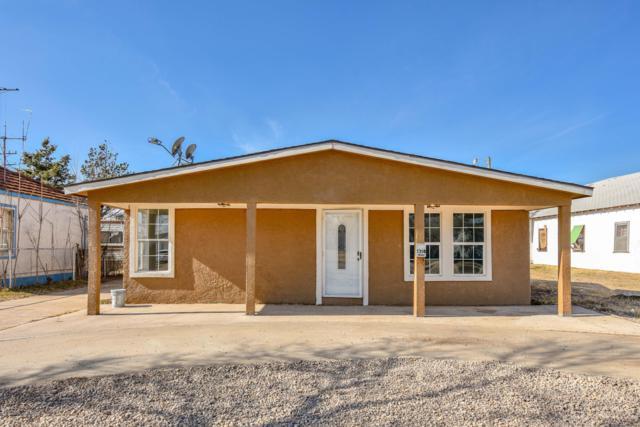 1314 S Bliss Ave, Dumas, TX 79029 (#19-482) :: Edge Realty