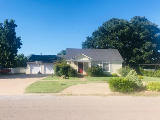307 Avenue G Se, Childress, TX 79201 (#19-4838) :: Live Simply Real Estate Group