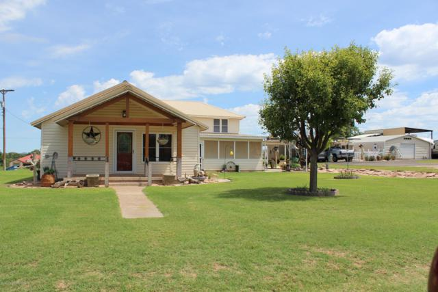 300 Tunnell St, Quitaque, TX 79255 (#19-5088) :: Lyons Realty