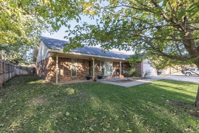 7000 Manor Cir, Amarillo, TX 79109 (#19-7453) :: Live Simply Real Estate Group