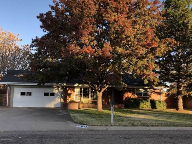 1409 Elm Avenue, Dalhart, TX 79022 (#19-7903) :: Live Simply Real Estate Group