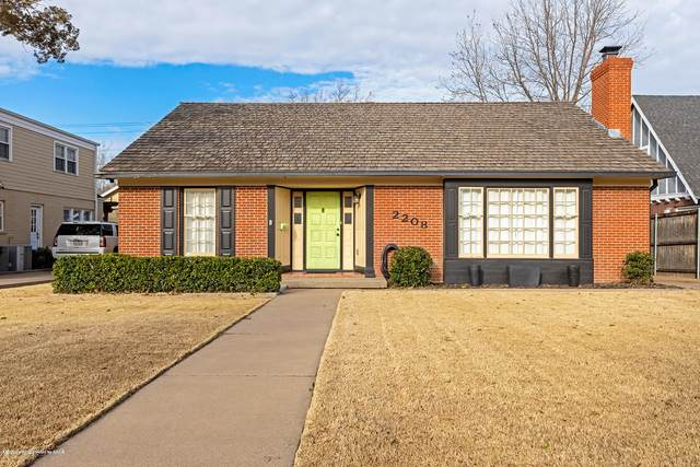 2208 Hayden St, Amarillo, TX 79109 (#20-1664) :: Lyons Realty