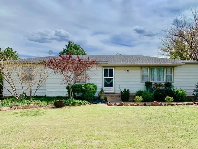 303 Yucca Rd, Stinnett, TX 79083 (#20-2483) :: Elite Real Estate Group
