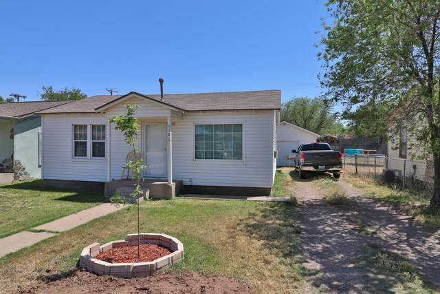 4306 11TH Ave, Amarillo, TX 79104 (#20-2881) :: Lyons Realty