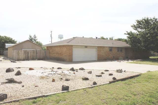 1310 Pecan Ave, Panhandle, TX 79068 (#20-4066) :: Lyons Realty