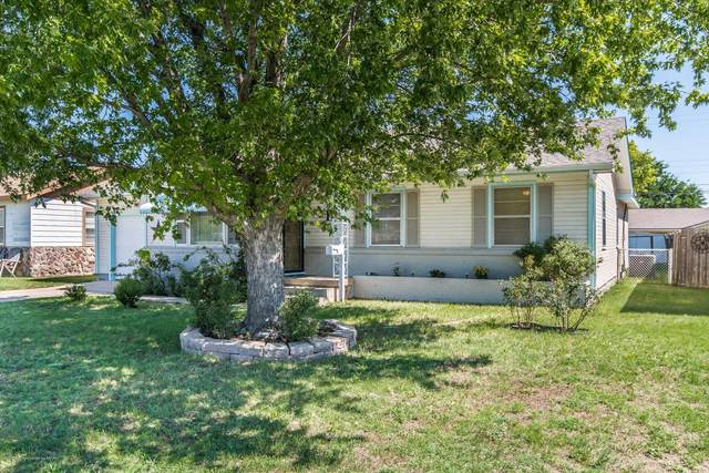 908 8th St, Dumas, TX 79029 (#20-4069) :: Elite Real Estate Group