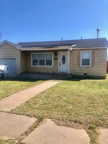 700 Sloan St, Pampa, TX 79065 (#20-4364) :: Lyons Realty