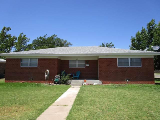 1943 Banks St, Pampa, TX 79065 (#20-4365) :: Lyons Realty