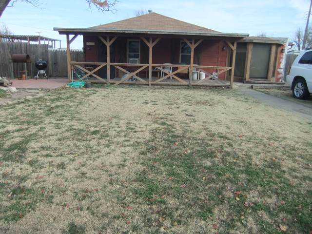 213 Tignor, Pampa, TX 79065 (#20-5036) :: Live Simply Real Estate Group